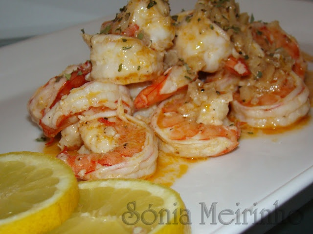 Shrimp with whiskey Camarão Com Alho e Whisky
