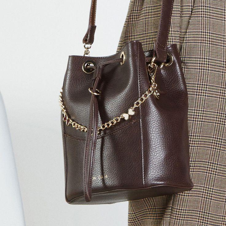 Utilisation sur sac du sautoir de sac et bracelet «La cerise sur le…