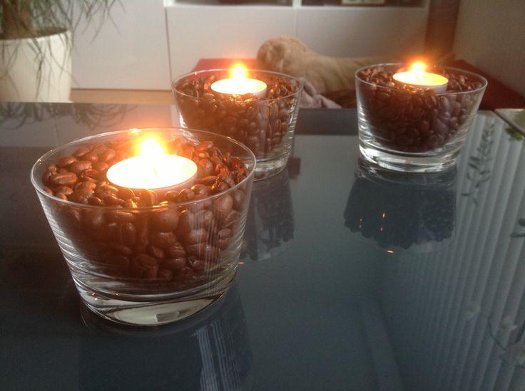 Koffiebonen met vanille kaars voor een lekkere geur!