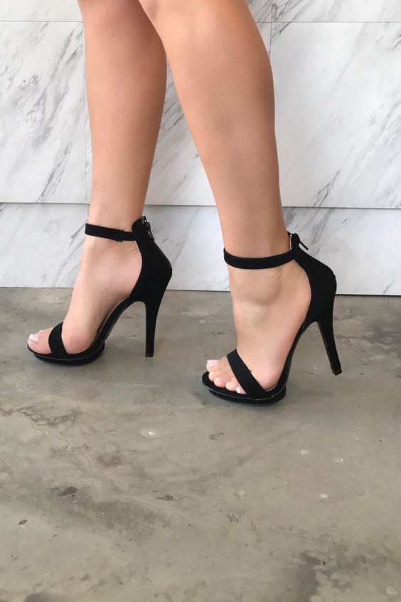 OPEN TOE, STILETTO HEEL WITH 2 SIMPLE STRAPS AND BACK ZIPPER CLOSURE. This heel runs true to size. Heel height is 4 /12 inches.