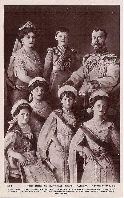 La familia Romanov de Rusia. Tengo una gran obsesión por esta familia, por alguna extraña razón.