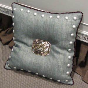 Huaco Trophy Belt Buckle Pillow