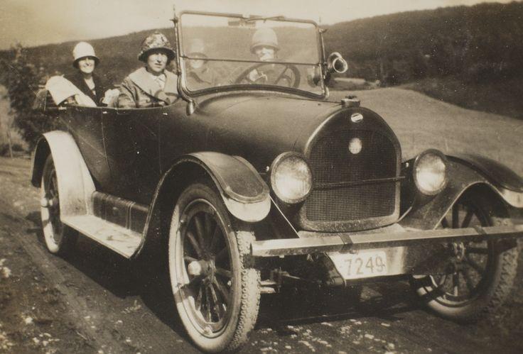Paa biltur Hadeland rundt 1925. - Marcus