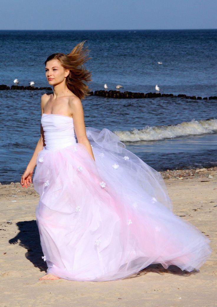 Alisa wedding dress Sabina