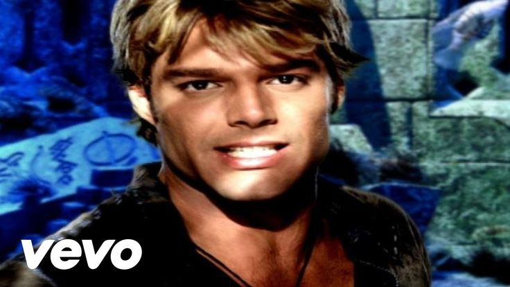 Ricky Martin - She Bangs (English) (#atiasmall - GREAT music to dance and exercise to)