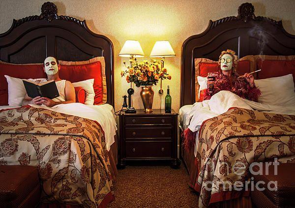 hotel del coronado haunted rooms