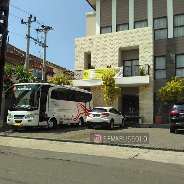 Sewa Bus Pariwisata Seat 35 di Solo  Sewa Bus Solo | Sewa Bus Pariwisata di Solo