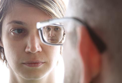 Narcissism or High Self-Esteem? What Is Narcissistic Personality Disorder?