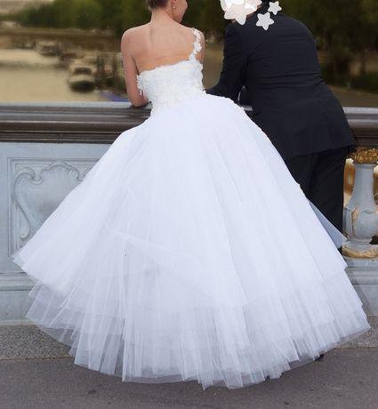 Robe de mariée modèle Dior Taille 34-36 doccasion à Paris  Robes ...