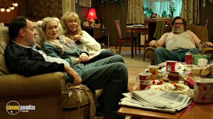 A still from The Royle Family: Barbara's Old Ring (2012)(7)