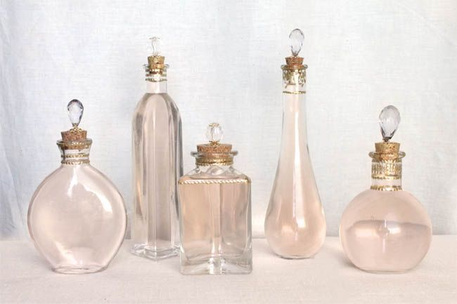 DIY Perfume Bottles: Crafts Ideas, Diy'S, Pretty Perfume, Perfume Bottles, Perfume Bottle Crafts, Diy Perfume, Beautiful Diy, Diy Projects, Crafty Ideas