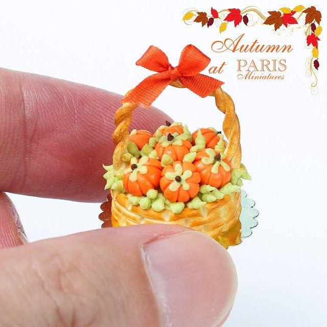 Pumpkin basket cake www.parisminiatures.etsy.com