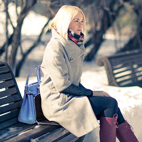 Heated handbag Ladybag Blue Ocean will warm you up in the cold weather. ;) Find out more at www.ladybag.cz