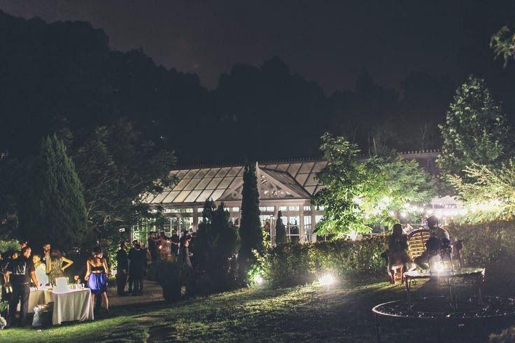 bodas al aire libre. Dos en la Pasarela: bodas