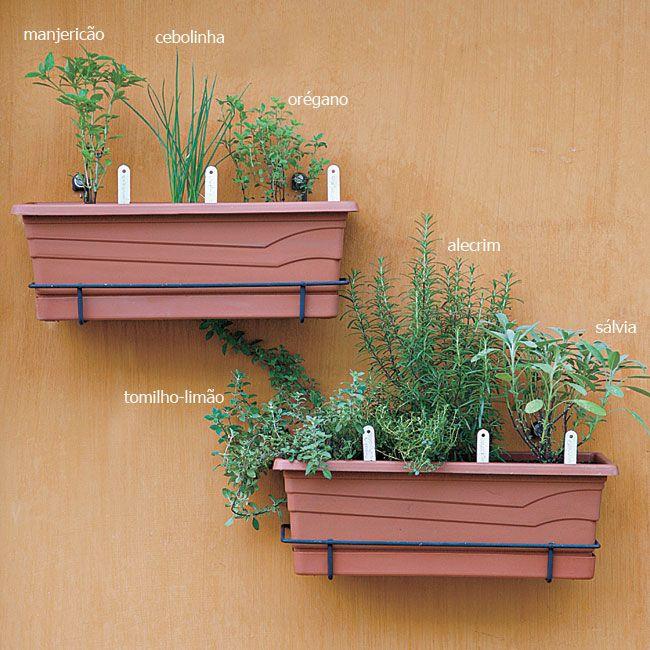 Ideia para horta vertical na minha pequena sacada de um pequeno apartamento!