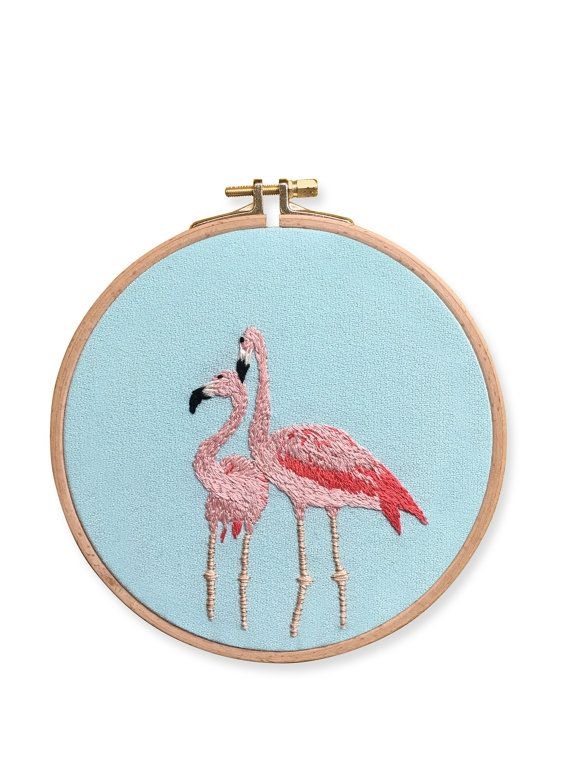 Design: Flamingo Love  Wooden Hoop Dia: 17 cm. (6.7)  - Front. Mint Sandy Linen - Back. All Over Design White Fabric - Cotton thread - Handstitched  If you have any questions, please do not hesitate to contact me here on Etsy.  @casnac.embroidery on Instagram Casnac Embroidery on Facebook  CASNAC © 2016 All Rights Reserved