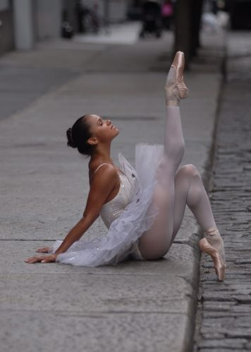 Misty Copeland: Ballet Dancers, Street Ballet, New York Cities, American Ballet Theater, Points Shoes, Ballerinas, Africans American, Misty Copeland, Mistycopeland