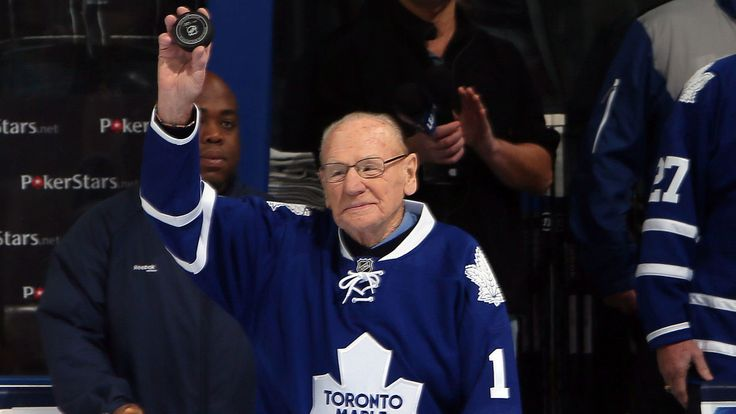 Johnny Bower, a legend
