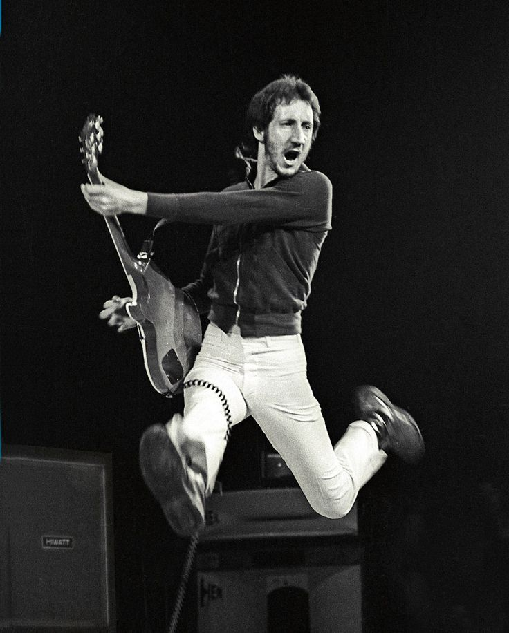 PETE TOWNSHEND PHOTO THE WHO 1974 Concert Photo Airborne by Marty Temme Hiwatt