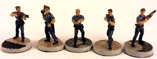 Must Contain Minis: Armorcast Tactical Miniatures Rookie Cops Review a...