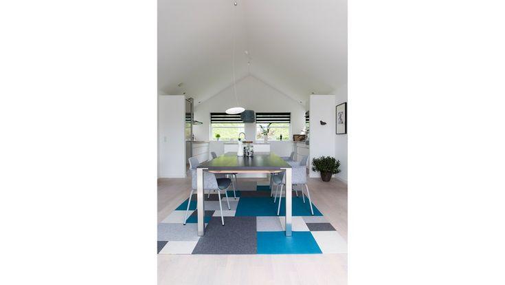 Afloor in blue and grey colors - Fraster felt carpets
