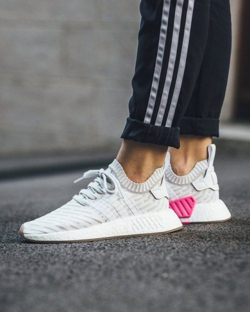 adidas NMD_R2 PK W By9954 (via Titolo) @ SNS in 2019