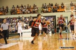 バスケットボールトップリーグ「NBL」公式戦 和歌山トライアンズvs千葉ジェッツ