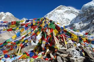 The F.A.Q. About Everest Base Camp Trekking We Never Found Answers To (Until We Did It Ourselves)