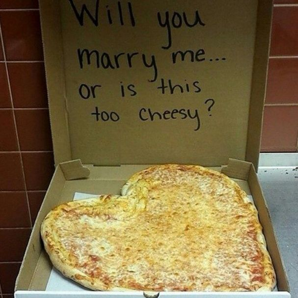 An outdoor picnic turned proposal idea...SO CUTE! Plus you get to eat pizza for a post-celebration :)