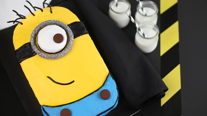 Despicable Me Minion Sheet Cake - easy step-by-step tutorial from Betty Crocker