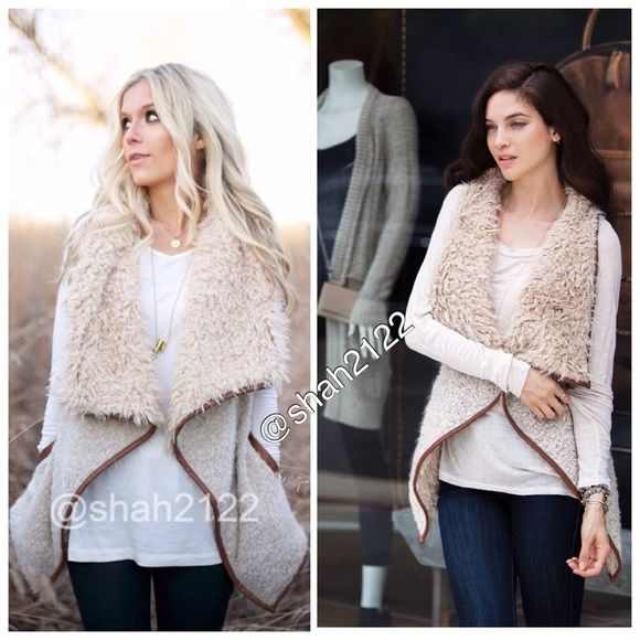 """Faux fur vest sleeveless jacket coat New New shearling CONTRAST faux fur vest sleeveless coat jacket☄Color:Beige/Oatmeal/brown☄faux leather piping☄Soft,comfy☄Outer is trimmed faux fur and inner/front is longer fur like collar and inner/back is trimed fur☄Fabric  content:78% Acrylic+18% wool+4% Polyester☄Small(2-6) pit to pit=20""""☄Medium fits (6-10)pit to pit=21""""☄Large fits(10-14) pit to pit=22""""☄back length=24-23""""☄Side length=33-34"""" depends on sizeplease allow some color variation❌not a…"""