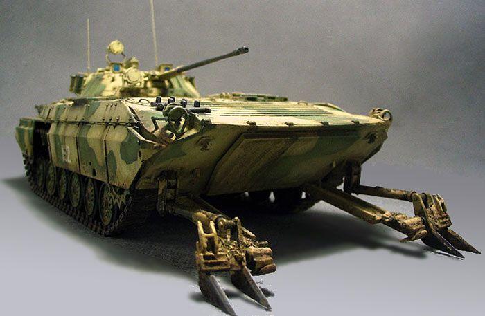 BMP-2E by Allan Yang (Dragon 1/35)