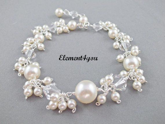 Bridal bracelet, Wedding jewelry, Bridal jewellery, Swarovski pearls crystals, Bauble bracelet, Pearl dangle, Bridesmaid gift, Silver.