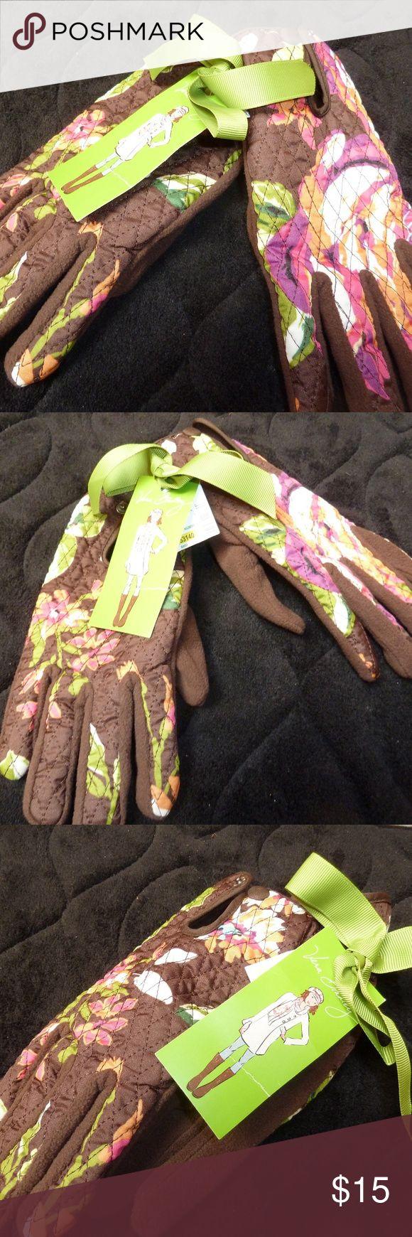 Vera  Bradley  warm floral gloves nwt Vera Bradley floral warm gloves nwt Vera Bradley Accessories Gloves & Mittens