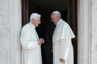 Pope Francis sends his greetings to Benedict XVI on his 89th birthday :: EWTN News