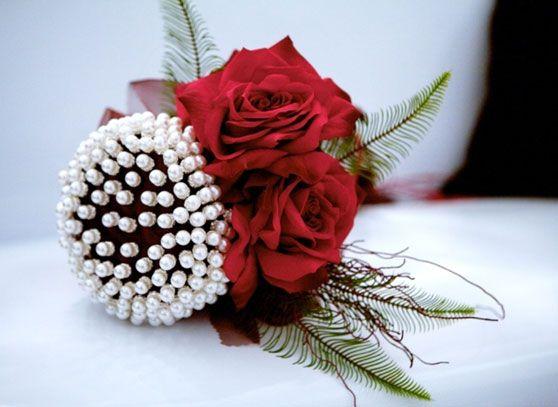 noscasamos.eu tu portal de bodas: FLORES, ramos de novia, flores para boda, decoracion floral para boda, decoracion flores para iglesia, flor novio