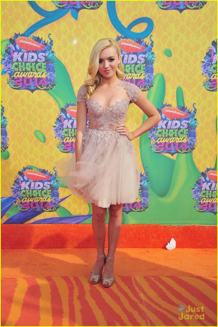 Peyton List & Kelli Berglund: Pretty in Pink at the Kids' Choice Awards 2014! | peyton list kelli berglund pretty in pink at kids choice awa...