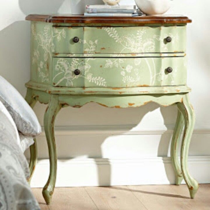 Vintage night stand painted with Annie Sloan paints- I like the flower and fern designs
