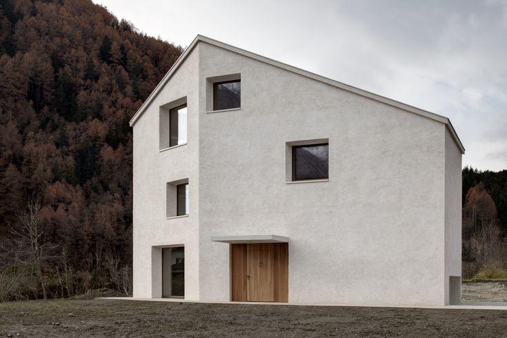 Campo Tures (BZ), Italia Casa sul rio dei molini Haus am Mühlbach PEDEVILLA ARCHITEKTEN