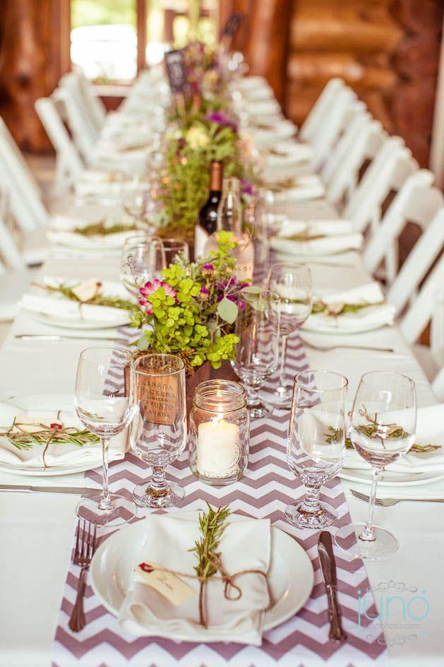 Table champetre avec romarin Junophoto_Andrea_et_Etienne_mariage_blog-013