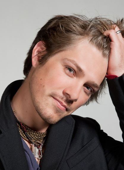 Taylor Hanson! This guy is 30 today!