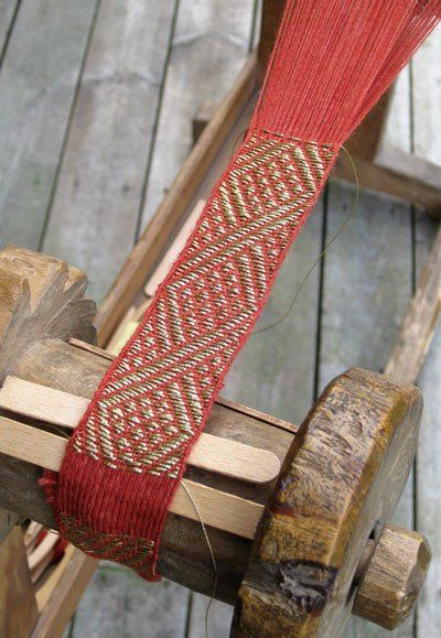 This project is from the Anna Neupert book with patterns from the early 16th century.