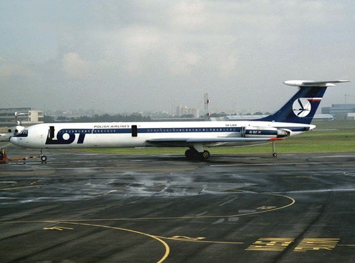 LOT Polish Airlines Ilyushin IL-62M