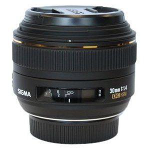 Sigma 30mm f/1.4 EX DC