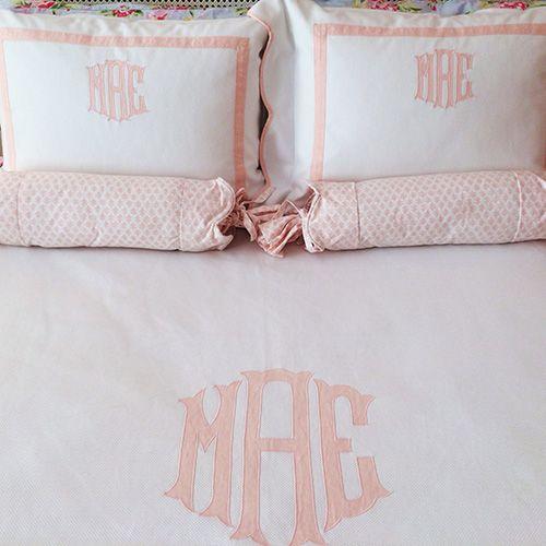 Blush Pink White And Grey Pretty Bedroom Via Ivoryandnoir: 25+ Best Ideas About Light Pink Bedding On Pinterest