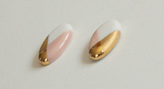 Oval Rosa Blau Schwarz Weiß Ohrringe aus Porzellan 18K Gold
