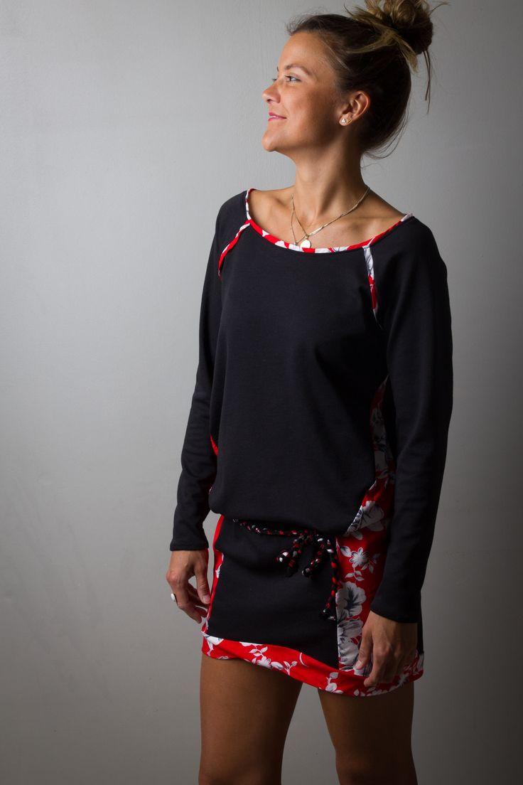 Robe pull femme, noire et Rouge imprimé printemps, fleurs blanches, courte et sexy, lien tréssé à nouer : Robe par all-by-k