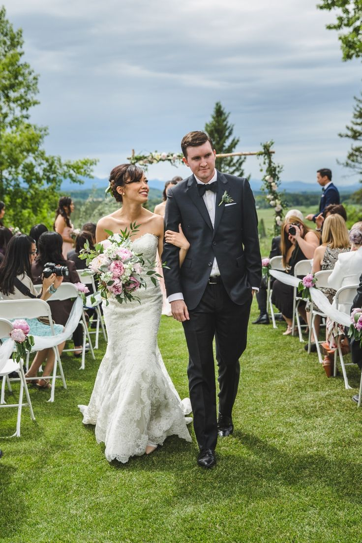 "Darlene + Sean's wedding at Pinebrook Golf Club | Photographed by Calgary wedding photographers Anna Michalska Photography. See the ""Read it"" link for more!"
