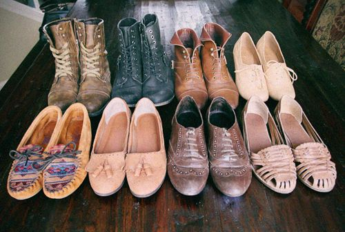 fall shoes: Casual Shoes, Fall Shoes, Black Boots, Shoes Collection, Vintage Shoes, Shoes Glorious, Shoes Obsession, Shoes Shoes, Combat Boots