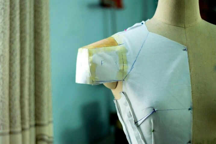 Johnny Nguyen Atelier# Draping Sleeve#